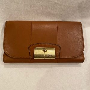 Coach Ladies Trifold Leather Wallet
